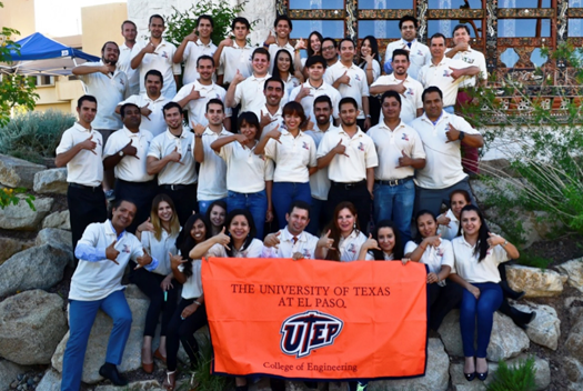 UTEP students in Guadalajara