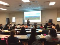UTRGV students attend orientation for the biomedical sciences program