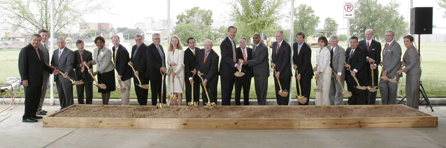 Groundbreaking for the UTHSC - Houston Research Park Complex on August 30, 2007.